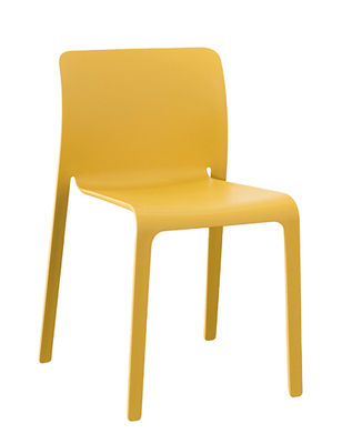 stacking-chair-first-chair-mustard_madeindesign_321554_large