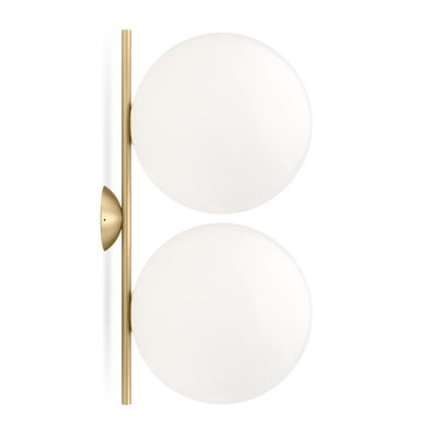 wall-light-ic-double-1-brass-white_madeindesign_341523_large