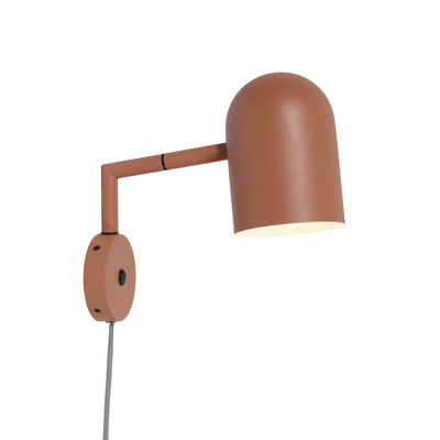 wall-light-with-plug-marseille-terracotta_madeindesign_344658_large